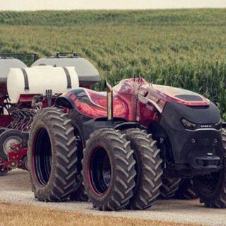 System Error / Mauricio Freitas – Tractor as a service