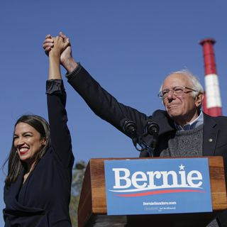 Bernie's AOC Endorsement, Warren's Medicare for All Plan & More 2020 News