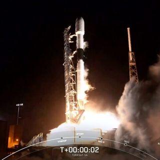 SpaceX inaugura i lanci del 2021