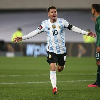 Gol de Argentina: Lionel Messi 1-0