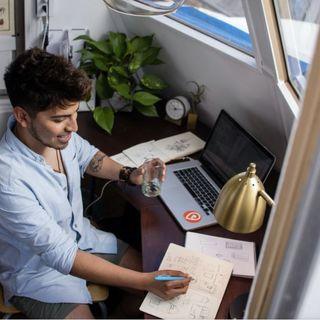 Giovani tra precariato, megashift a cui guardare e Google career certificates