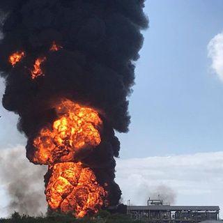 Esplosione e incendio a Porto Marghera. Rischio di emissioni nocive da azienda chimica