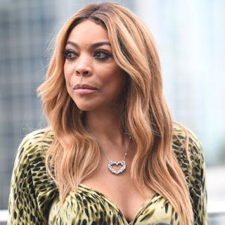 Wendy Williams living in a sober house and confesses to addiction struggles!!