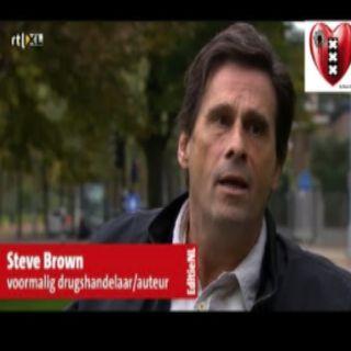 Steve Brown: Fred Ros en de Onderwereld Moord code van Eer die niet bestaat.