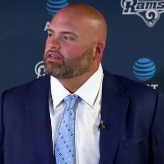 James asks Mo if the Bengals would be contenders if they had re-signed Andrew Whitworth?