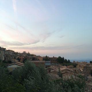 Anniversari Toscani - 4 Anni All'Insegna del Buon Cibo e Splendidi Scorci