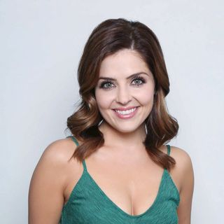 SPECIAL GUEST: ACTRESS, PRODUCER, SINGER, JEN LILLEY