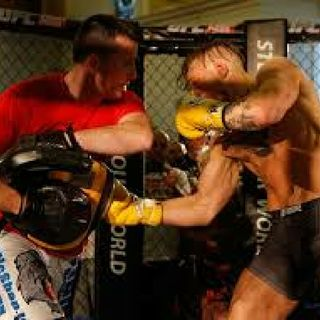 Conor Mc Gregor Boxing Coach Thinks Conor Will Beat Floyd