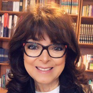 """Gaby Pérez Islas con el tema: """"El nido vacío: cuando los hijos se van""""."""