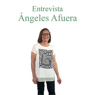 Entrevista a Ángeles Afuera