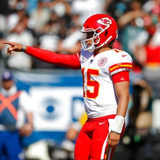 TGT NFL Show: Guest Sam Teets gives us his QB power rankings thru week 2, W/Mike Goodpaster and Anthony Cervino