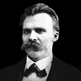 Nietzsche - Hazlar ve Tutkular Üzerine