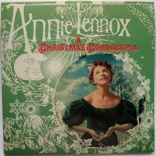 Canzoni natalizie: Parliamo di ANNIE LENNOXe della sua interpretazione di GOD REST YE MERRY GENTLEMEN