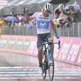 Carapaz se lleva la etapa 8 del Giro de Italia