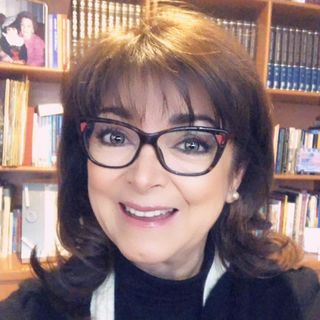 """Escucha a Adriana Esteva con el tema: """"Cuando la seguridad y la conexión no coinciden""""."""