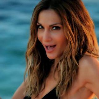 Δέσποινα Βανδή - Το νησί - Despina Vandi - To nisi - Official Video Clip (HQ)