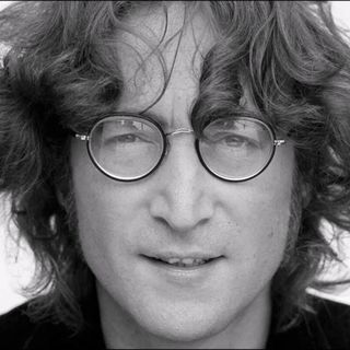 Free as a bird La vita di John Lennon 04
