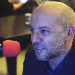 Intervista al regista Vincenzo Marra - racconta il suo film La prima luce - con Riccardo Scamarcio e  Daniela Ramirez.