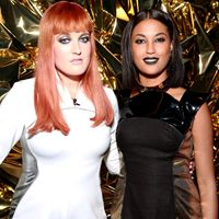 The Girls Of Icona Pop Do WHAT B4 A Show