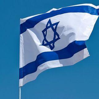 Israele, Netanyahu a processo per corruzione e frode. Manifestanti chiedono le dimissioni