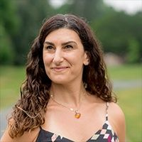 LAUREN D'ANGELO of LolaYoga is Mindful with Podcasts and Online Classes During Covid-19