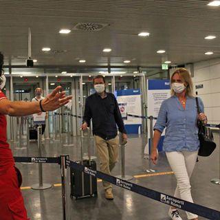Test ginecologici forzati all'aeroporto