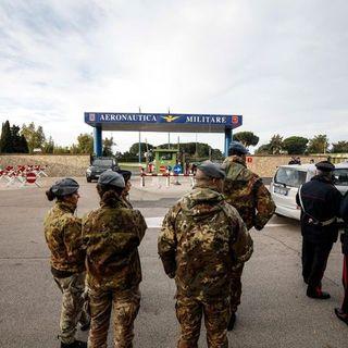 Vaccino anti Covid: sarà l'esercito a distribuirlo in Italia