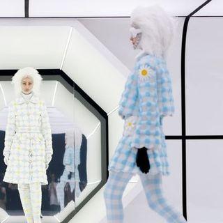 Noticias de Moda y Belleza con: Iris Apfel, Givenchy, Kanye West, Chanel y más..