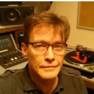 Radio DJ / Music Festival Curator - Dave Cantrell