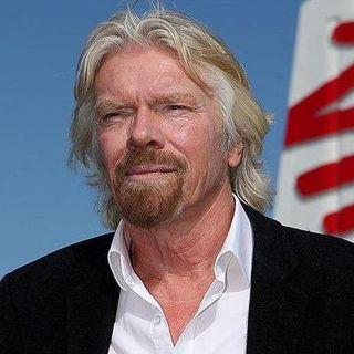 Virgin Galactic, la società di Richard Branson, si quoterà in Borsa entro l'anno