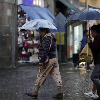Continúan lluvias en el país