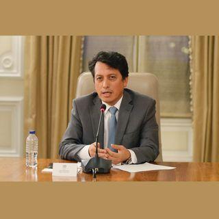 Carlos Arturo Álvarez - Infectólogo.