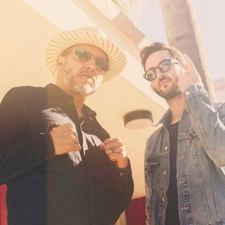 Joe Johnson Talks With SA Martinez Of 311 & Los Stellarians