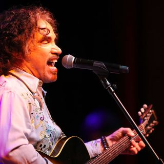 "John Oates:  ""Live In Nashville,"" his favorite Hall & Oates song and the pandemic."