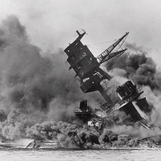FDR's Knowledge of Pearl Harbor & Mainstream Media Praising George H.W. Bush