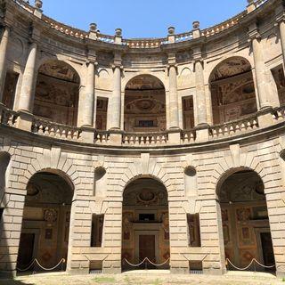 VIII. Palazzo Farnese en Caprarola y Villa Giulia