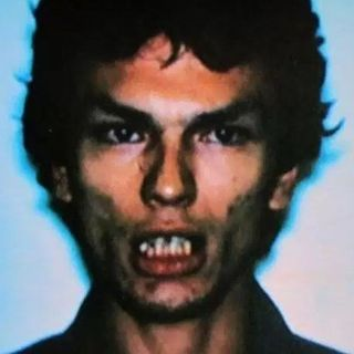 Serial Killers: Richard Ramirez: The Night Stalker