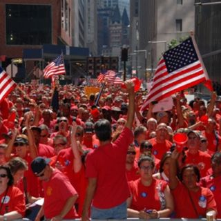 CWA Leads 40,000 Worker Strike For Fair Contract With Verizon