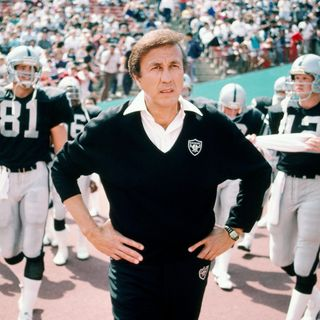 Tom Flores: Legendary Raiders coach!