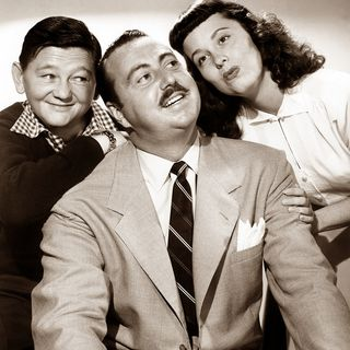 Gildersleeve Has TWO DATES! How Does He Get Out Of This?