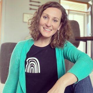 Episode 39 - Giving generously With Leah Wacek