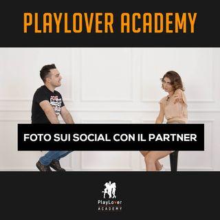 194 - Foto sui social con il partner