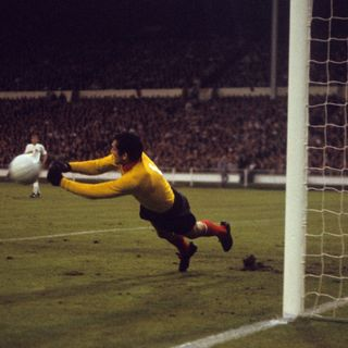 Tributes to England's World Cup hero Gordon Banks