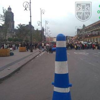 Habitantes de Chimalhucán se manifiestan en el Zócalo