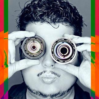 21.- En Sevilla con otro Podcaster y amigos fotógrafos