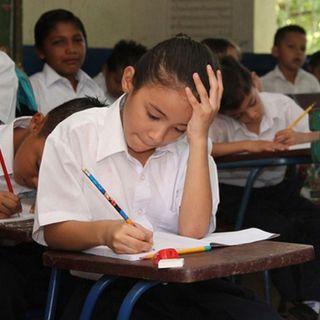 Escuelas de Nicaragua sin recursos para enfrentar la Covid-19 y en medio de propaganda política