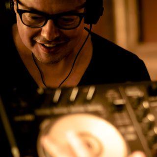Happy Saturday con Gino Latino Top Ten Italia And MashUp a seguire SUPERMARKET MUSICALE di Daniele Dalmuto....