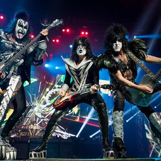 Especial KISS DEUCE LIVE 2019 Classicos do Rock Podcast #Kiss #DeuceLive #avengers #ironman #thor #mayansfx #carnivalrow #twd #feartwd #tcb