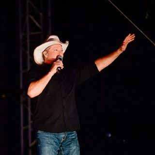 Coming to Kat Country: Tracy Lawrence with Steve & Gina 4-9-21