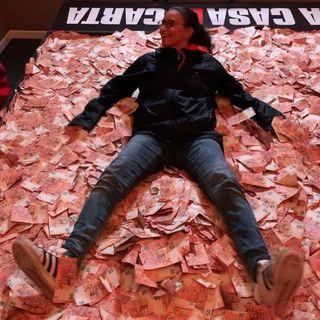 #lucca Una pioggia di banconote